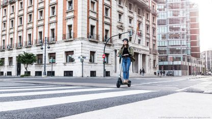 """Outsider E-Volution 8,5 """" Phoenix 700w 25km/H Foldable Electric Scooter"""